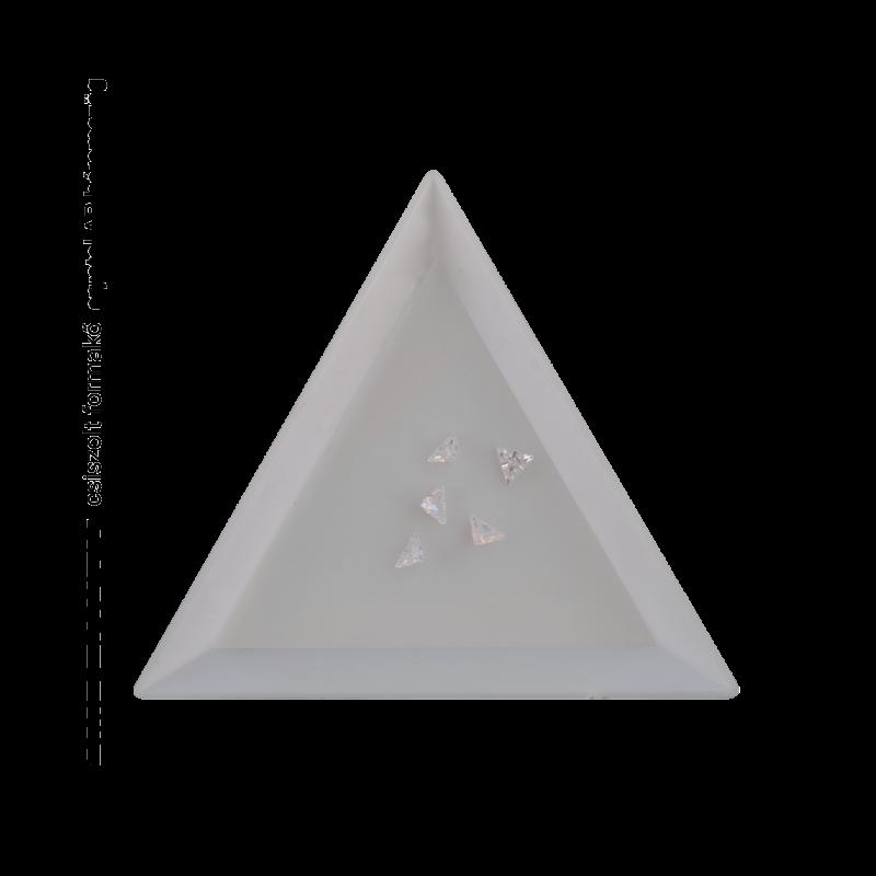 Csiszolt formakő crystal AB háromszög